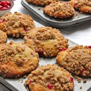 Banana Cranberry Muffins with Brown Sugar Pecan Streusel