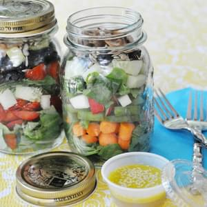 Summer Sunshine Salad in a Mason Jar