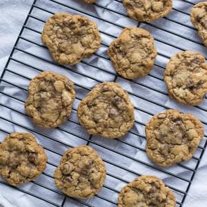 Whole Wheat Chocolate Chip Walnut Cookies