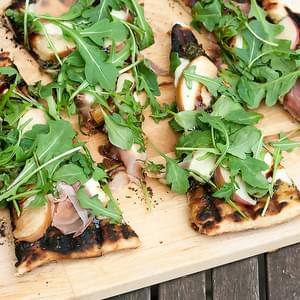Grilled Peach, Prosciutto and Bocconcini Pizza