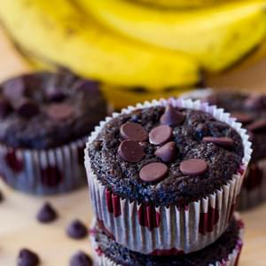 Skinny Chocolate Banana Fudge Muffins
