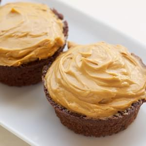 Mexican Chocolate Cupcakes with Dulce de Leche Frosting