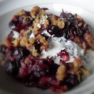 Double Crusted Blueberry Oat Crumble