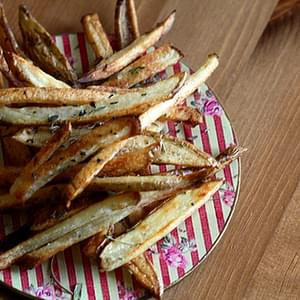Crunchy Oven Baked Fries with Herbes de Provence
