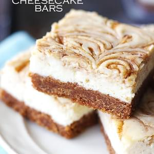 Cinnamon Roll Cheesecake Bars