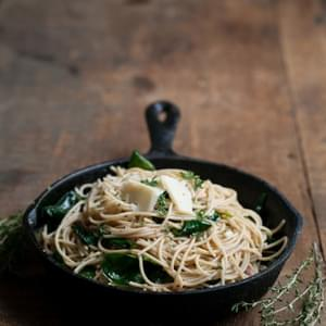 Garlic Butter Pasta with Spinach and Parmesan