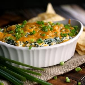 Creamy Baked Double Cheese and Spinach Dip