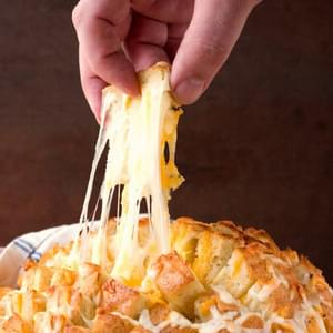 Easy Cheesy Pull Apart Bread