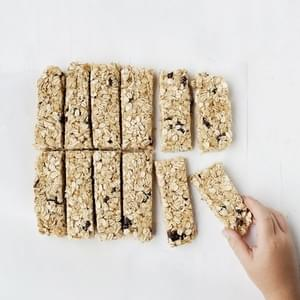 Oatmeal Raisin Granola Bars {The Best Homemade Kids' Lunches on the Planet Book Review}