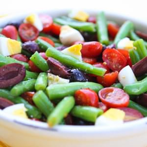Green Beans With Tomatoes, Olives And Eggs