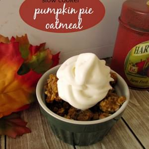 Slow Cooker Baked Pumpkin Pie Oatmeal