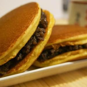 Dorayaki Recipe (Japanese Red Bean Pancake) どら焼き