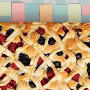 Mixed Berry Plaited Pie