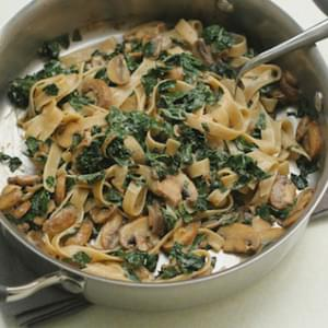 Gluten Free Pasta with Mushrooms and Kale Recipe (vegetarian)