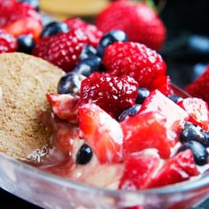White Chocolate Chip Berrylicious Cheesecake Dip