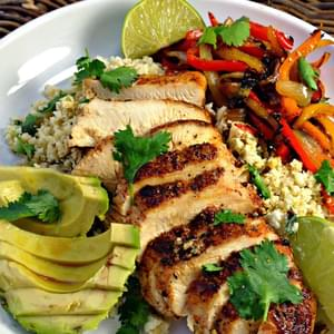 Healthy Blackened Chicken Fajitas With Cilantro & Lime Cauliflower Rice