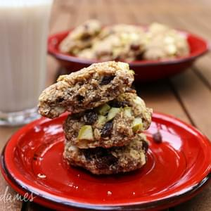 Healthy Apple & Raisin Oatmeal Cookies {Gluten free, Sugar free, Vegan}