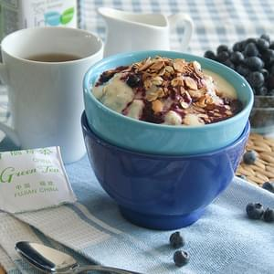 Blueberry Cobbler Oatmeal (and other oatmeal ideas)