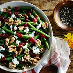 Roasted Beet Salad With Goat Cheese, Walnuts And Honey ...