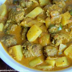 Spicy Sausage and Potato Curry