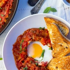 Eggs In Purgatory With Spaghetti Squash