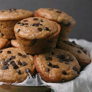 Skinny Chocolate Chip Banana Bread Muffins
