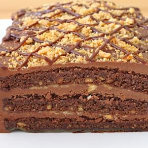 Amazing Chocolate and Peanut Butter Cake