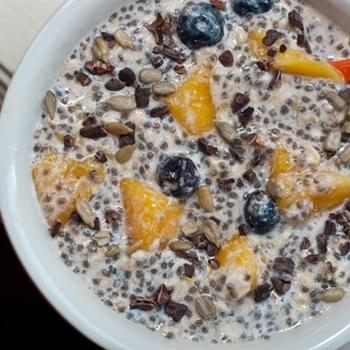 Mango Blueberry Vegan Overnight Oats