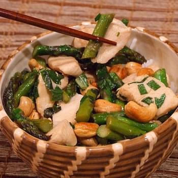 Chicken Stir Fry w/ Asparagus & Cashews