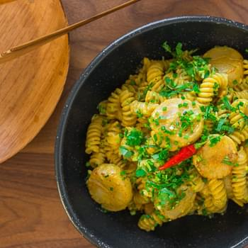 Curry Scallop Pasta