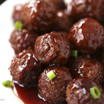 Crock pot grape jelly & BBQ meatballs -only 3 ingredients!