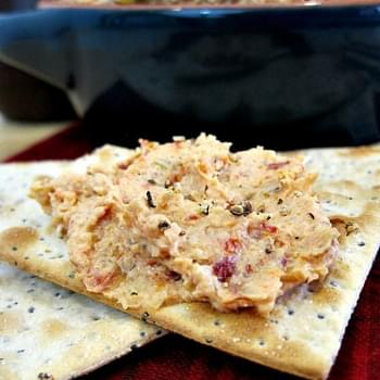 Amazing and Easy Sun-Dried Tomato and Artichoke Dip