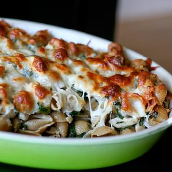Mom's Baked Chicken & Spinach Pasta