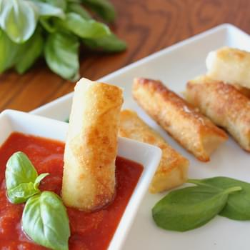 Wonton Wrapper Wrapped Mozzarella Sticks
