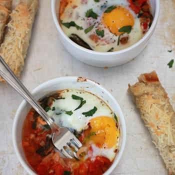 Baked Eggs with Tomatoes & Spinach