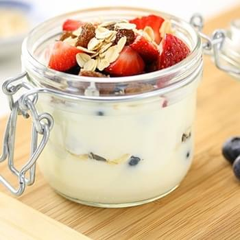 Yogurt Berry & Oat Breakfast Trifle
