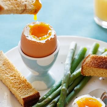 Eggs and Soldiers with Asparagus