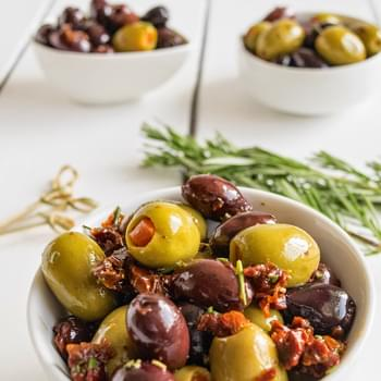 Rosemary Sun-dried Tomato Olives
