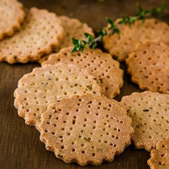 Herb and Garlic Amaranth Crackers