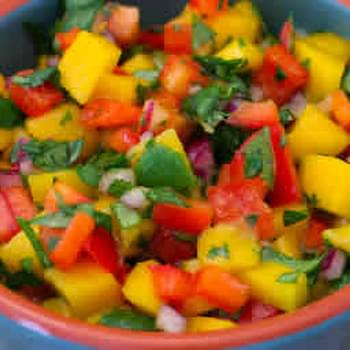 Mango Salsa with Red Bell Pepper