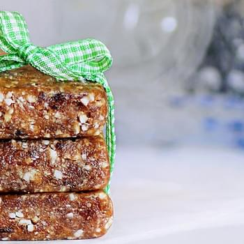 Oatmeal-Raisin Cookie Larabars