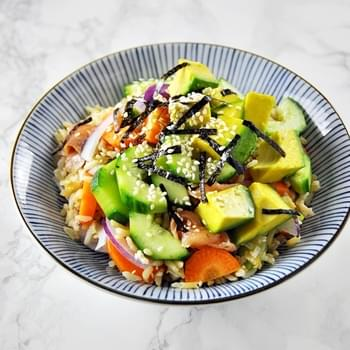 Smoked Salmon, Avocado & Brown Rice Sushi Bowl
