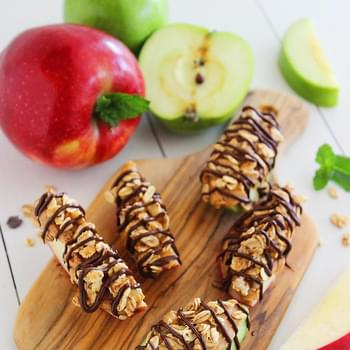 Chocolate-Peanut Butter Granola Apple Bites