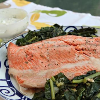 Salmon with Kale and Yogurt – Horseradish Sauce