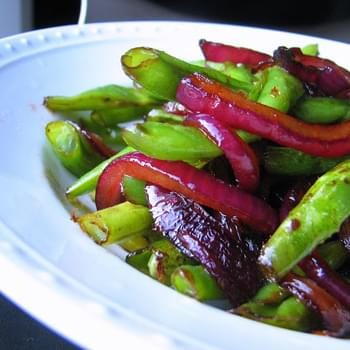 Green Beans with Sweet-and-Sour Red Onions