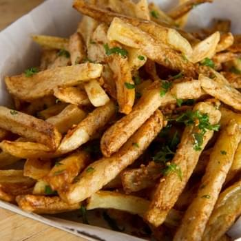 Ballpark-Style Garlic Fries