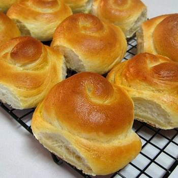 Quick Potato Rolls