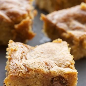 Caramel-Chocolate Chip Cookie Bars