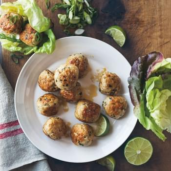 Chicken Meatballs with Ginger & Lemongrass