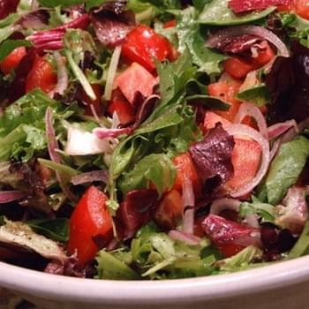Mesclun & Tomato Salad w/ Honey- Lemon Dressing